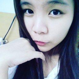 lonelygirl34's avatar