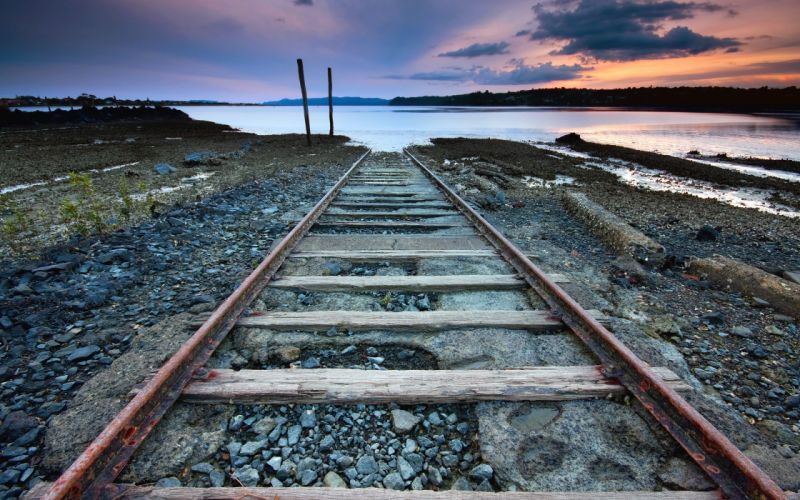 Tracks to nowhere wallpaper