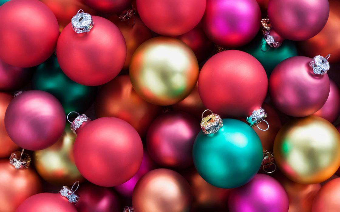 Harmony christmas balls wallpaper