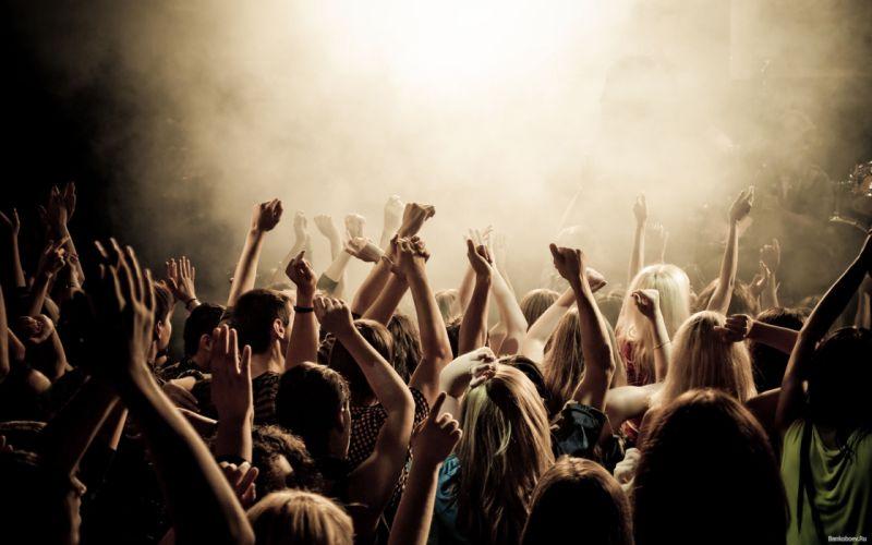 People at concert wallpaper