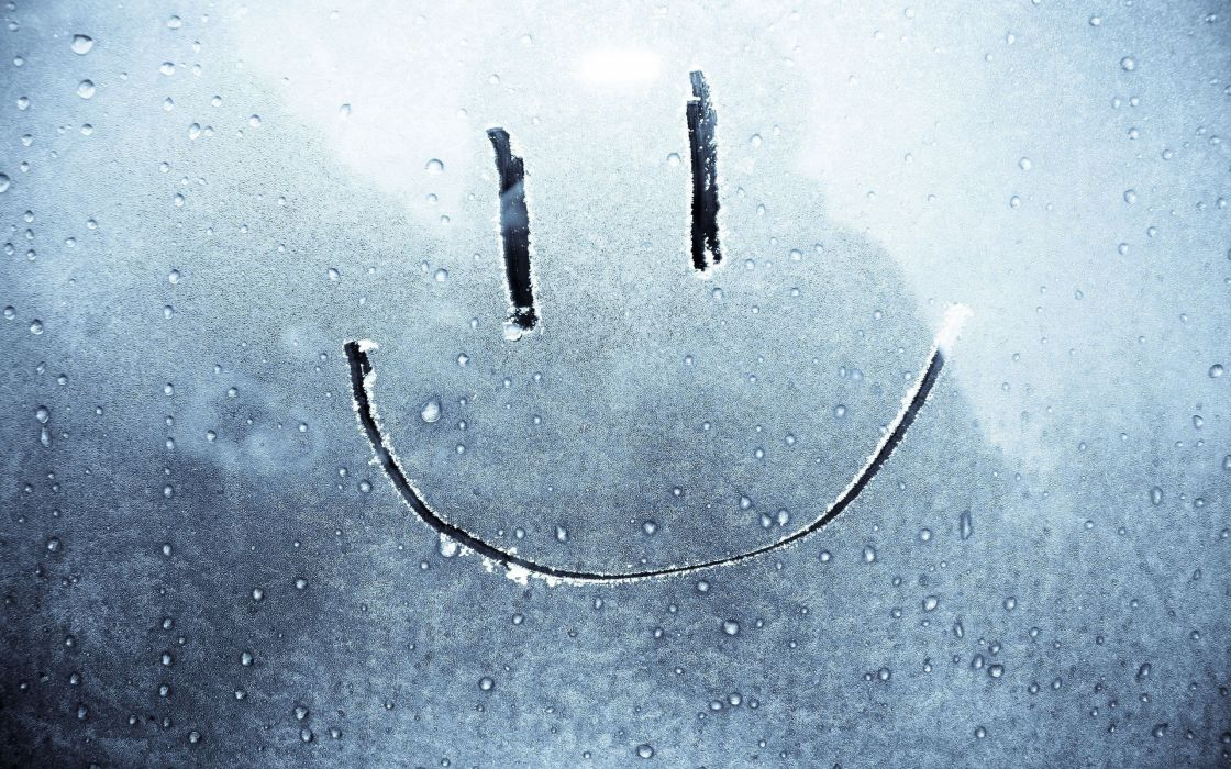Smile in the frost wallpaper