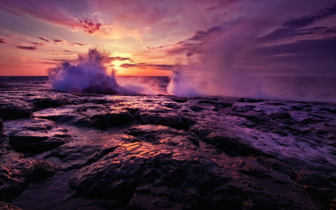 Shore waves wallpaper