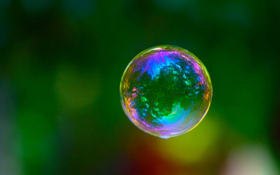 Bubble reflection wallpaper