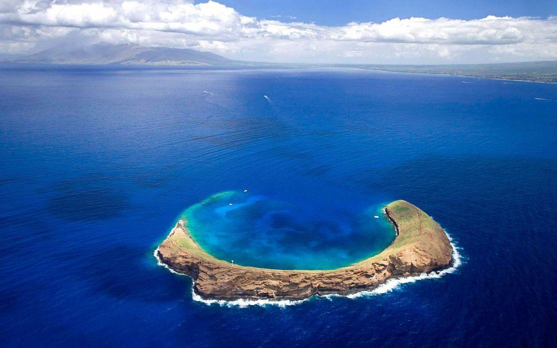 Molokini - Hawaii wallpaper