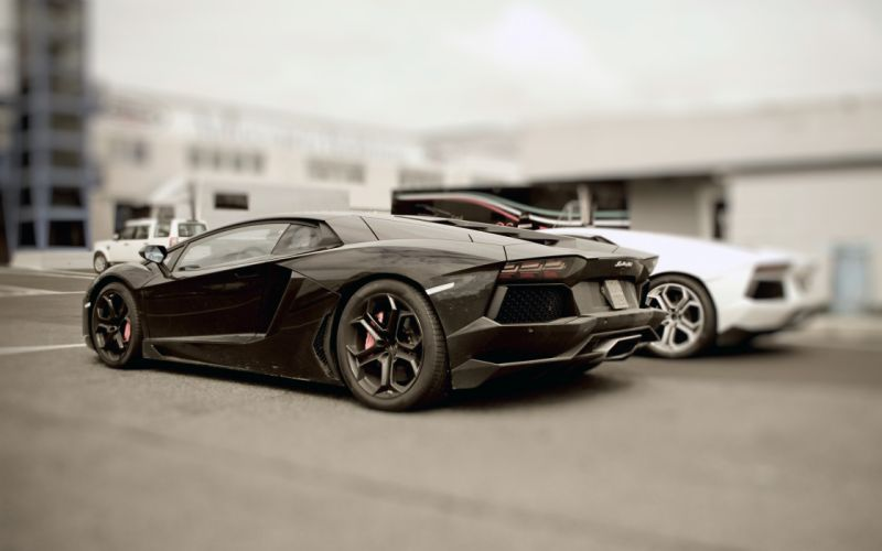 The new Lamborghini Aventador wallpaper