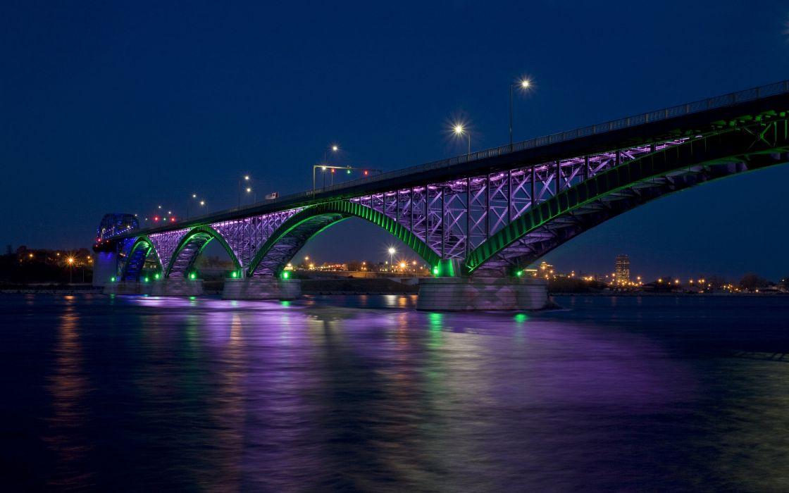 Peace bridge at night wallpaper