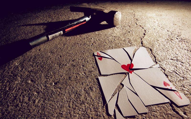 Broken ace of hearts wallpaper