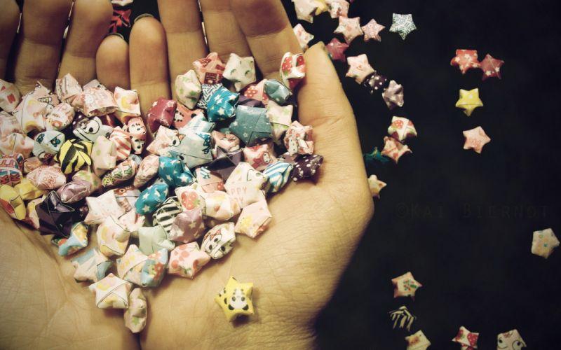 Heart shape of star candies wallpaper