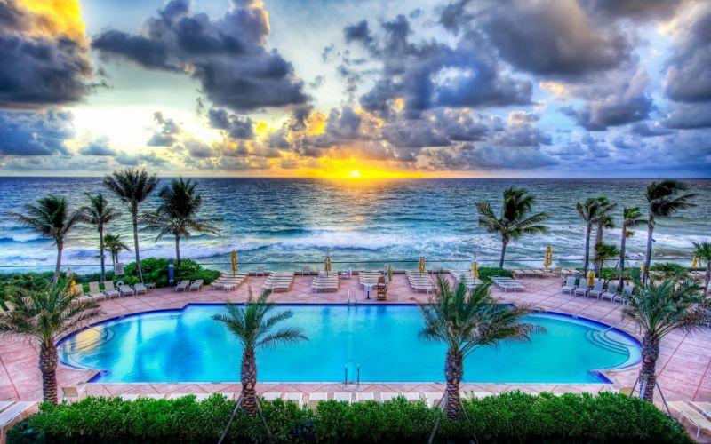 Pool party Florida wallpaper