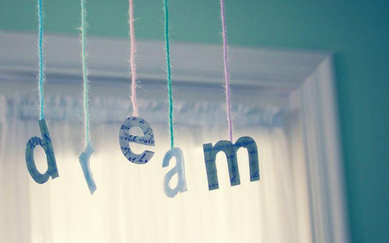 Dream hanging wallpaper