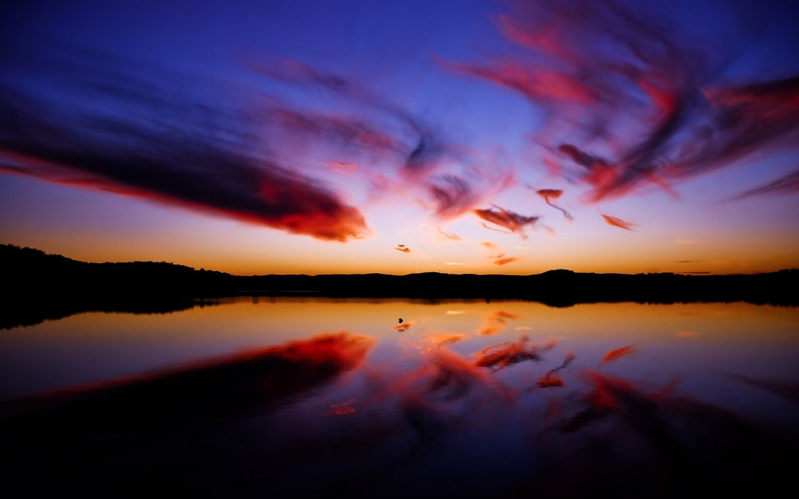 Sky reflections wallpaper