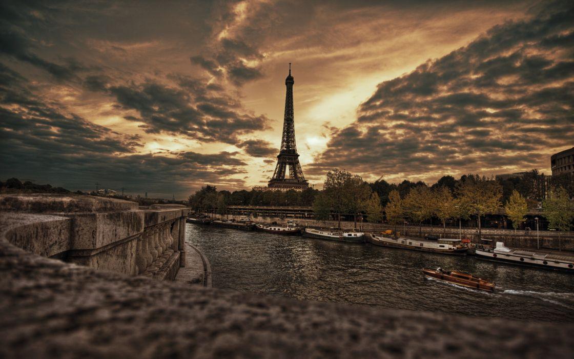 Eiffel Tower HDR wallpaper