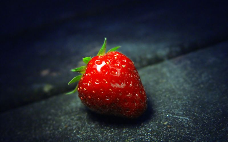 A strawberry close-up wallpaper