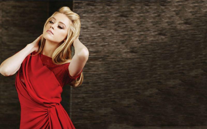 Amber Heard in a red dress wallpaper