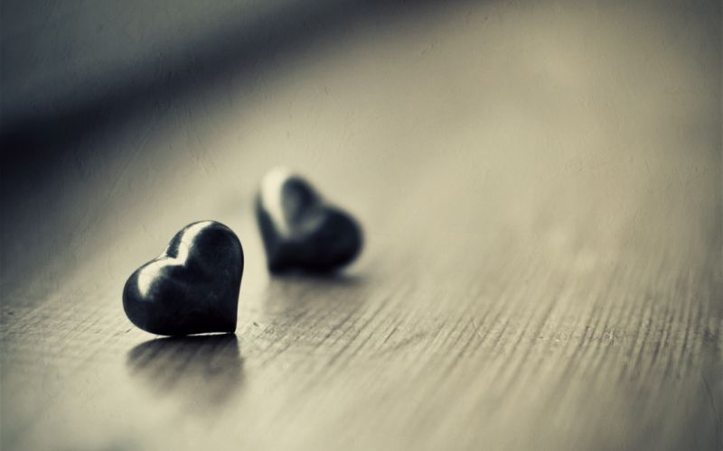 Two black hearts wallpaper