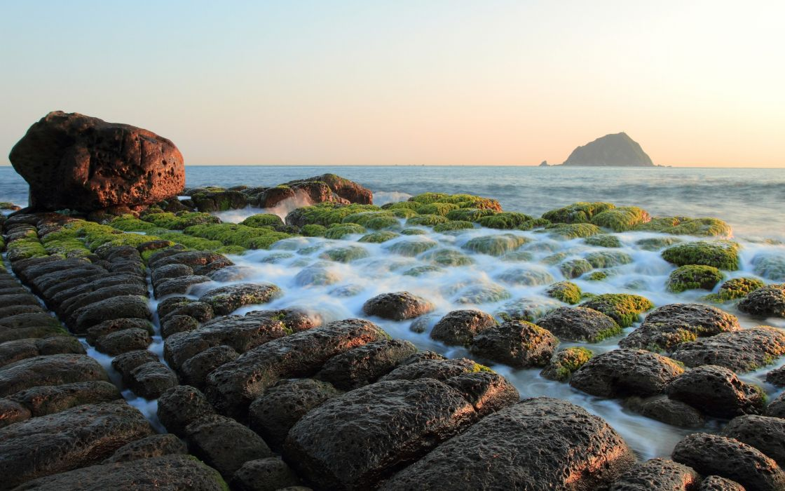 Cube stones beach wallpaper