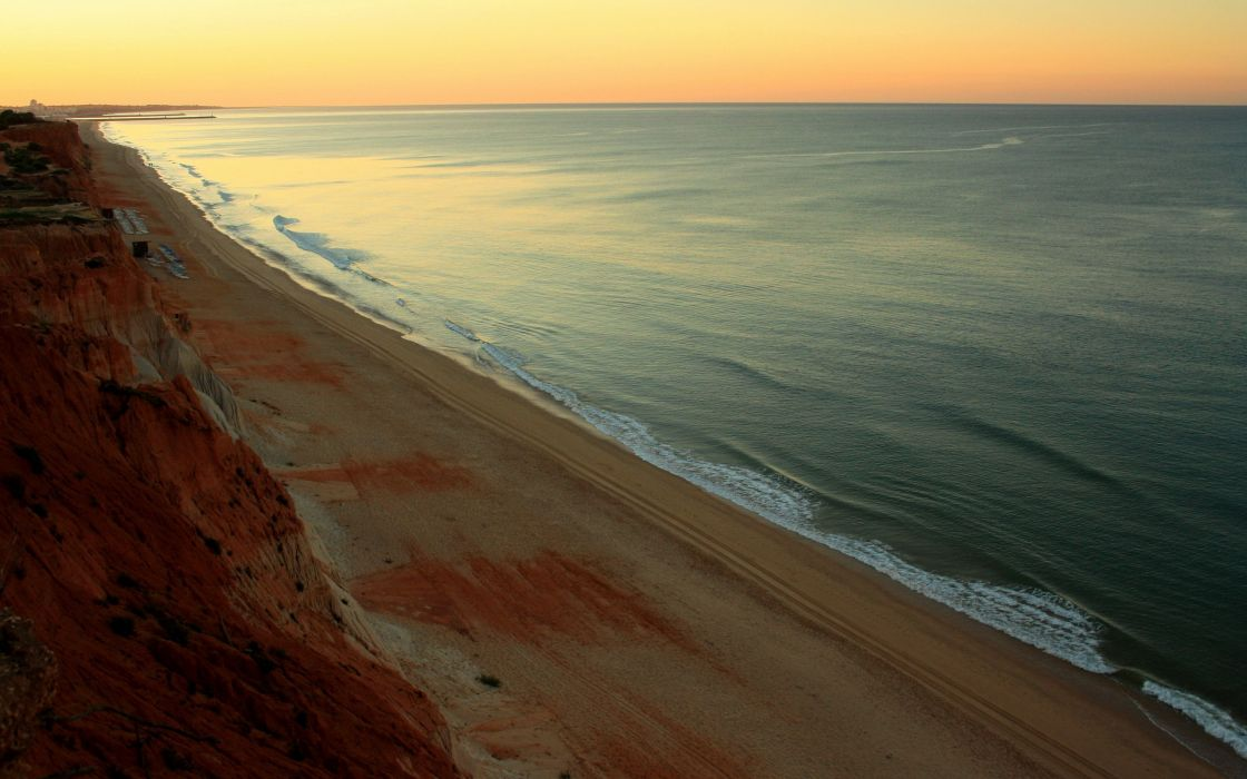 Sunrise at Praia da Falesia wallpaper