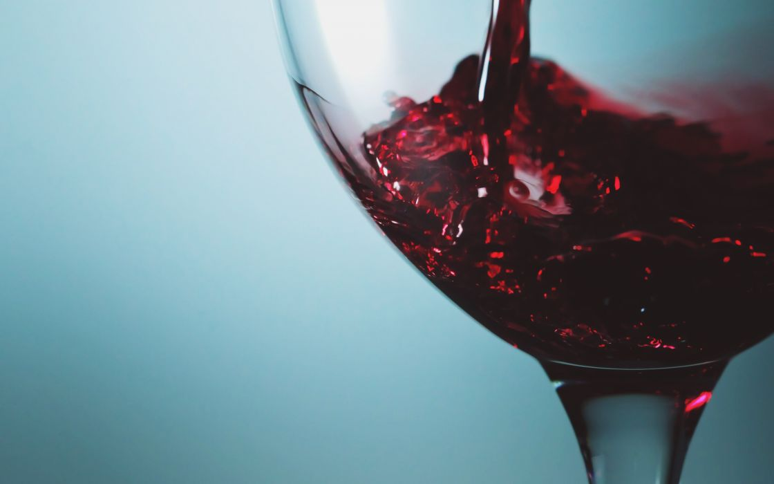 Red wine wallpaper