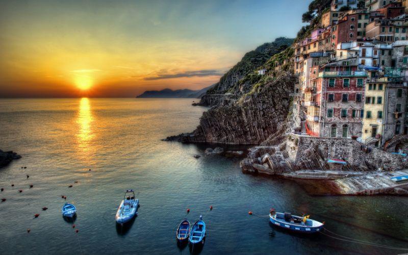 Riomaggiore - Italy wallpaper