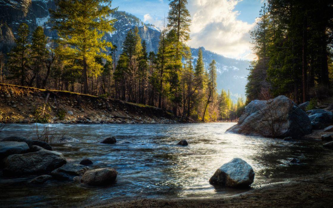 Mountain stream wallpaper
