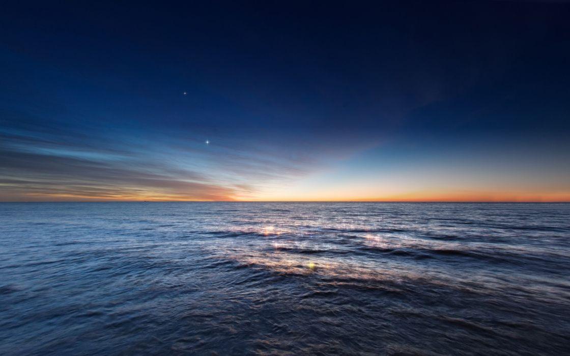 Venus and Jupiter in conjunction before sunrise wallpaper