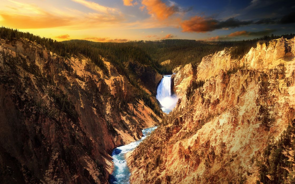 Lower falls - Yellowstone wallpaper