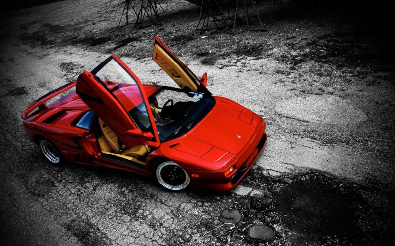 Red Lamborghini Diablo wallpaper