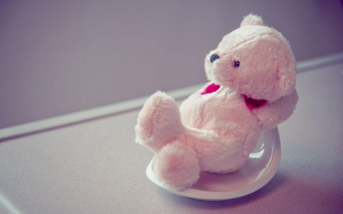 Relaxing Teddy bear wallpaper