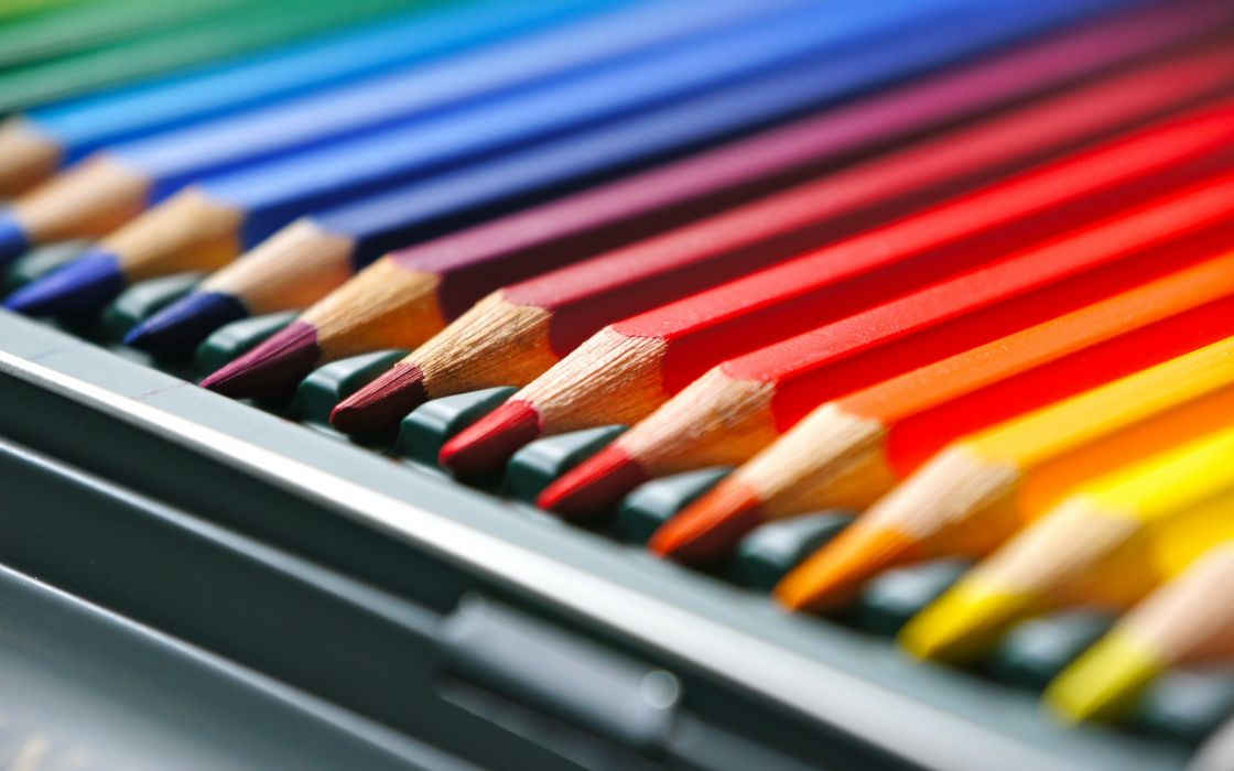 Colored pencils wallpaper