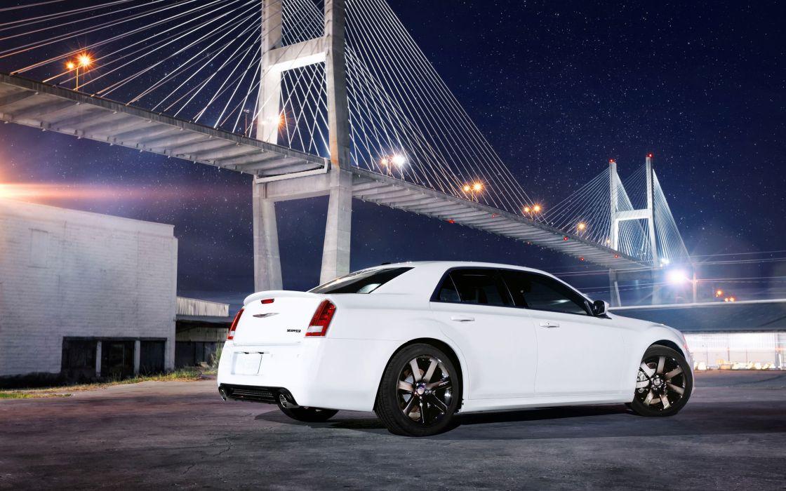 Chrysler 300 SRT8 wallpaper