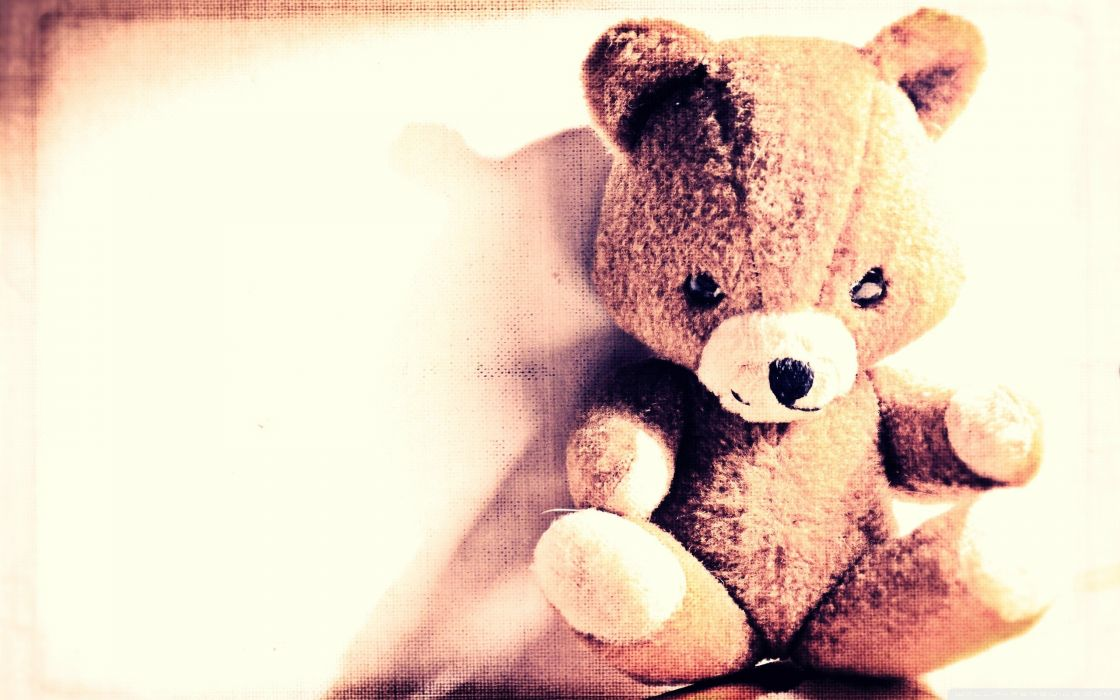 Vintage Teddy bear wallpaper