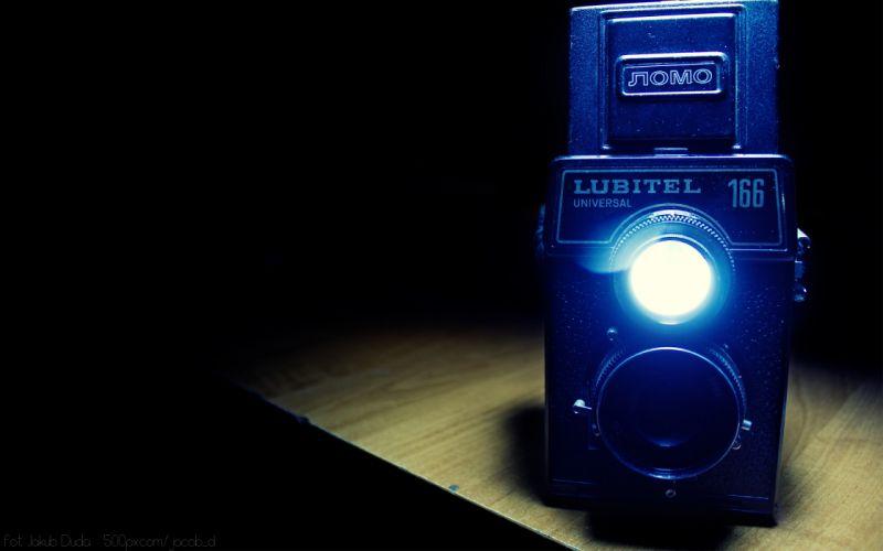 Old camera flash wallpaper