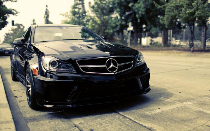 Black Mercedes luxury car wallpaper