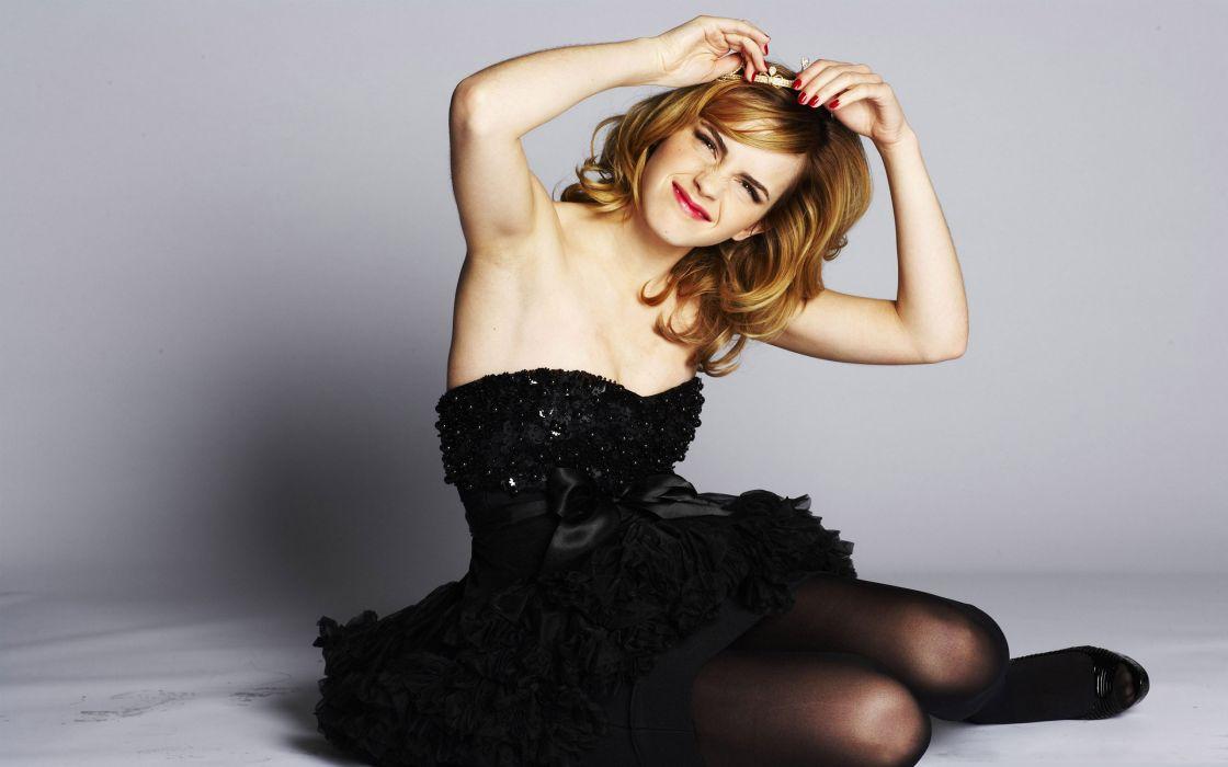Pretty Emma Watson wallpaper