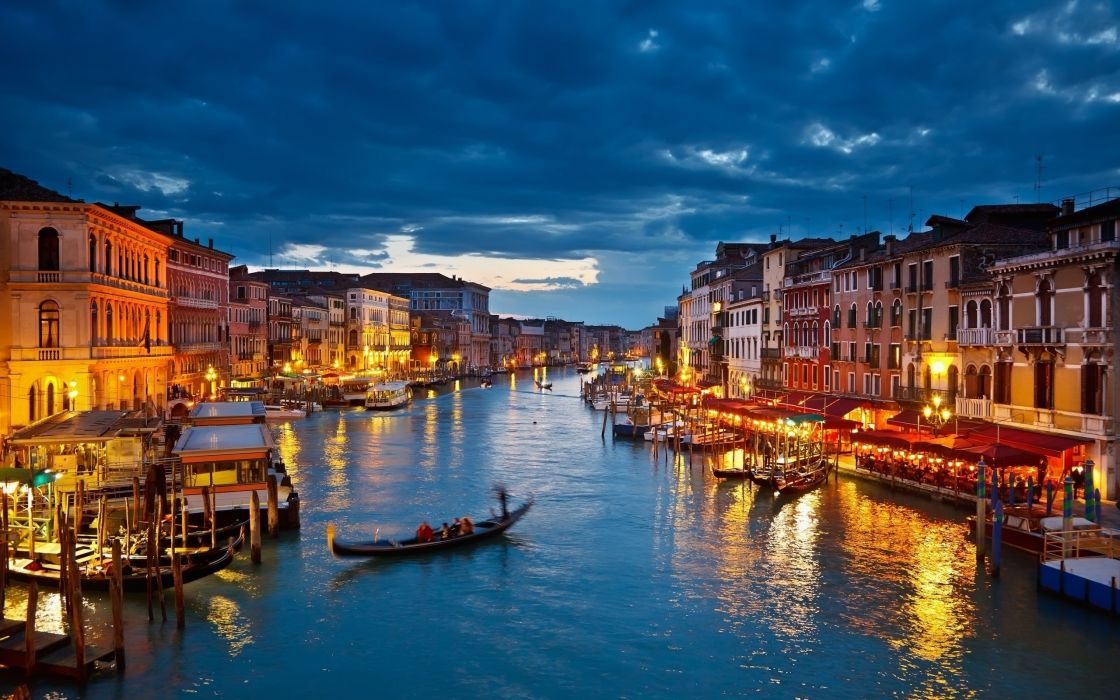 Grand canal at night - Venice wallpaper