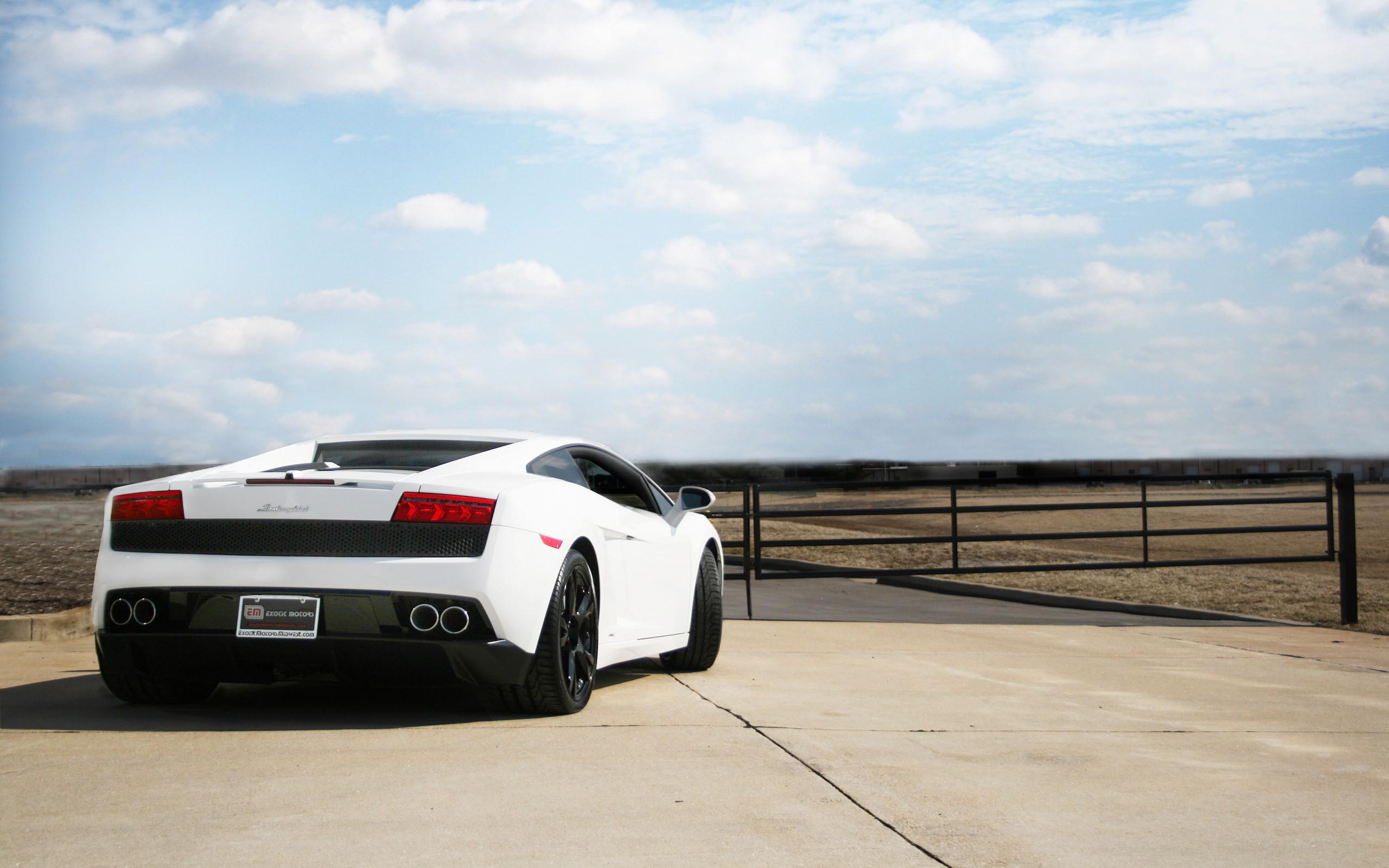 Lamborghini High Resolution Wallpaper