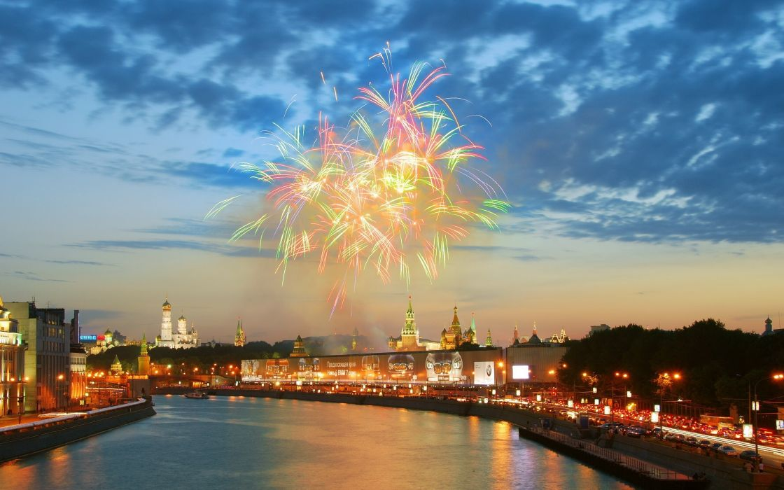 Fireworks at moscow wallpaper