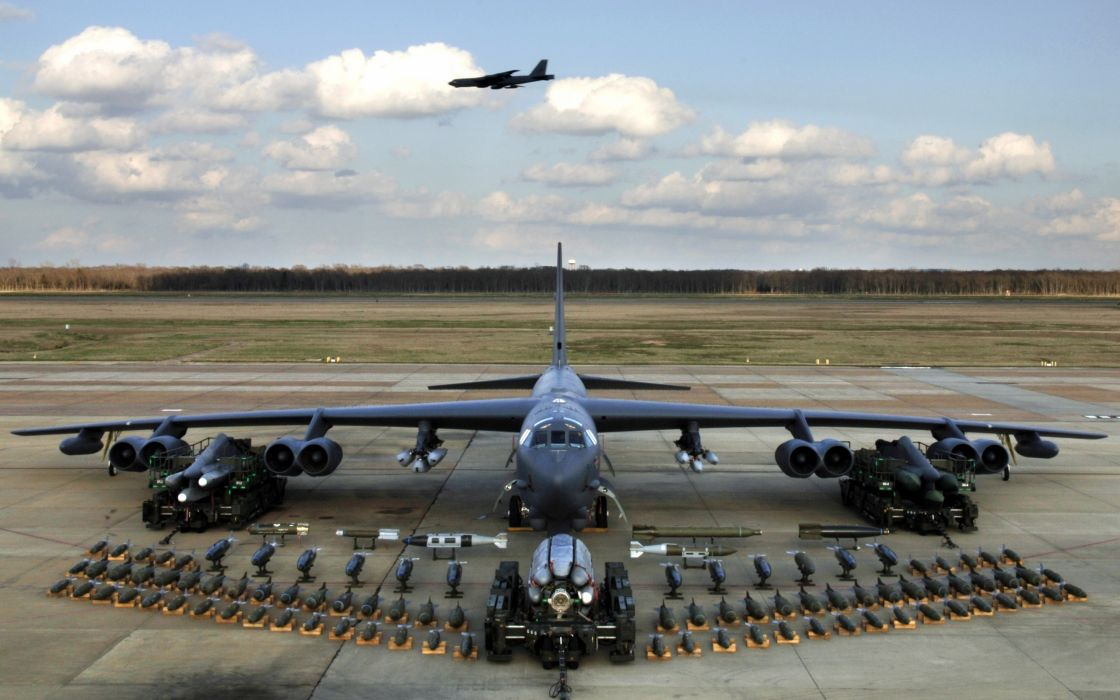 B52 bomber payload wallpaper