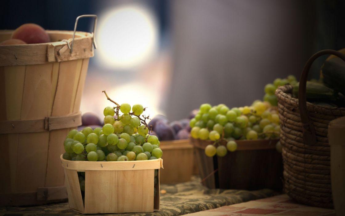 Green grapes wallpaper