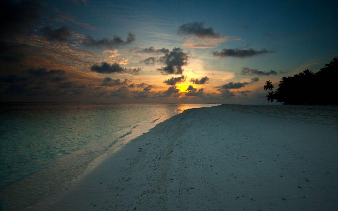 White beach at sunset wallpaper