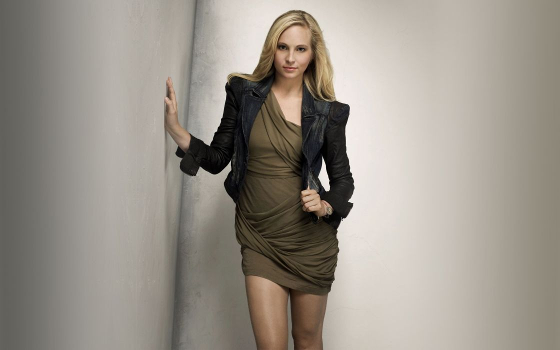 Candice Accola Short Dress wallpaper