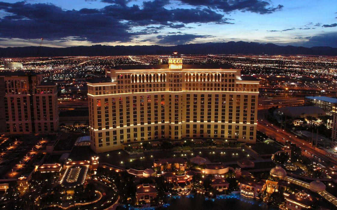 Casino at night wallpaper