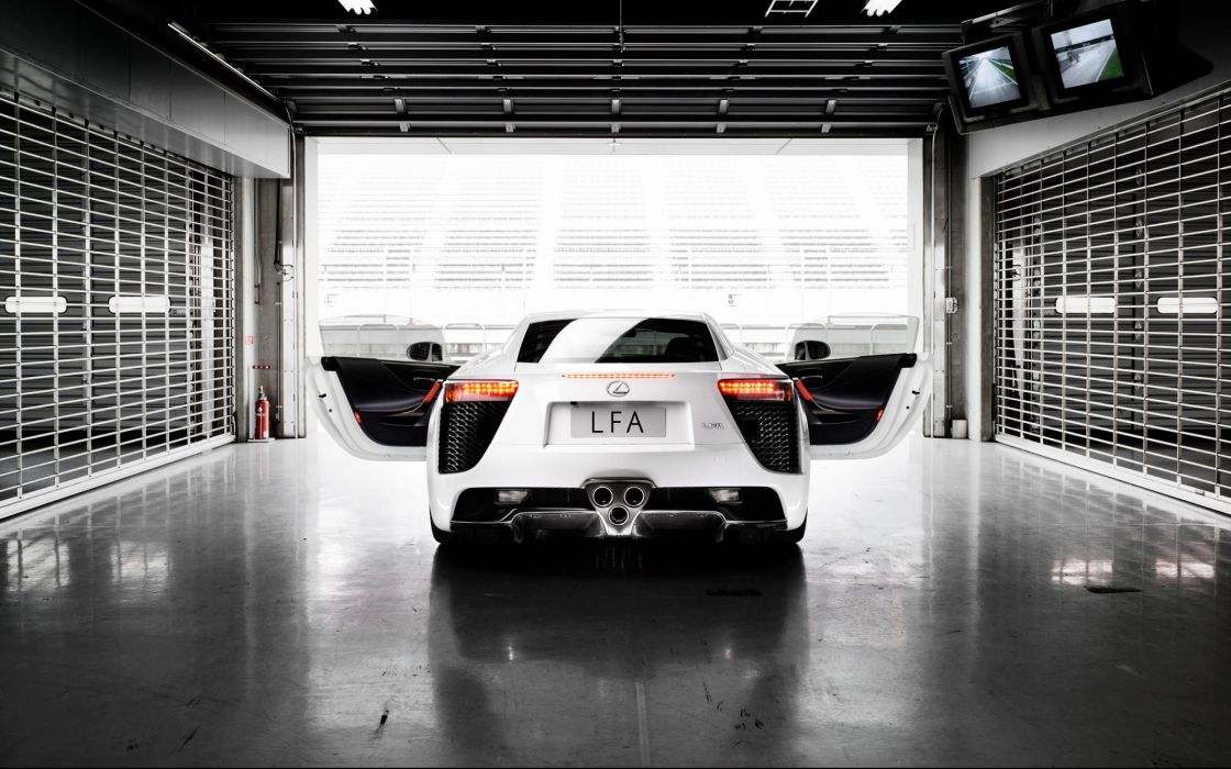 Lexus LFA white rear wallpaper