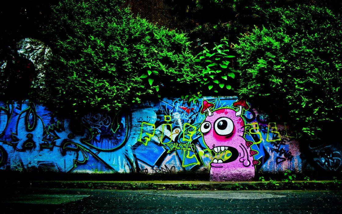 Graffiti and trees wallpaper
