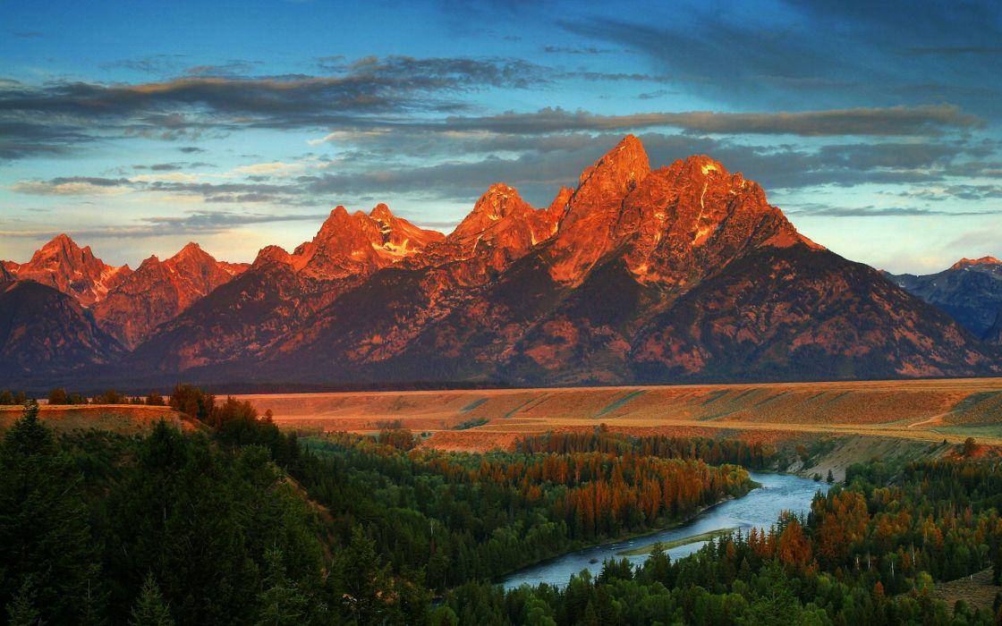 Sun over the mountains wallpaper