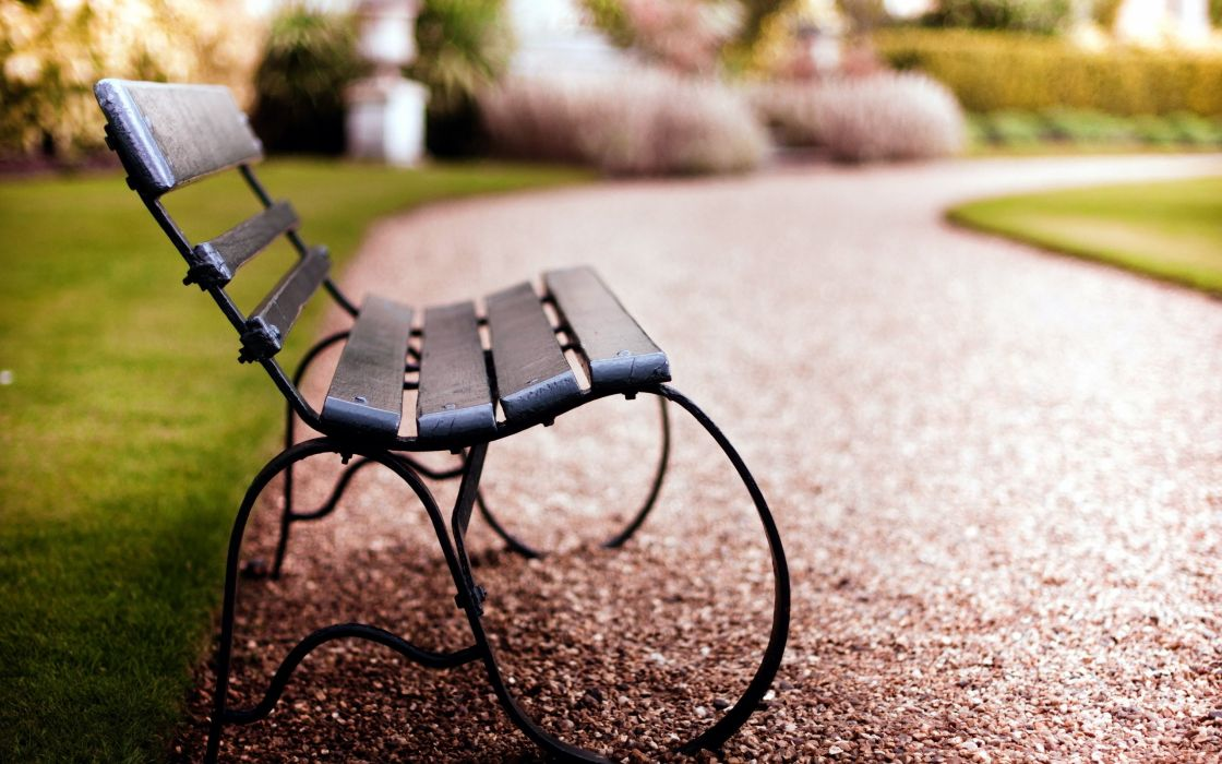 Bench in the park wallpaper