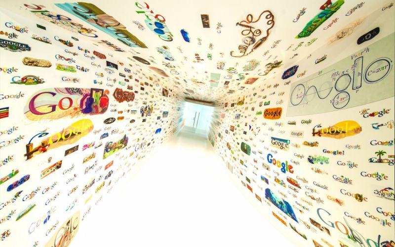 Google logo room wallpaper