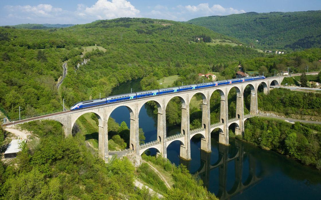 Cize Bolozon Viaduct wallpaper
