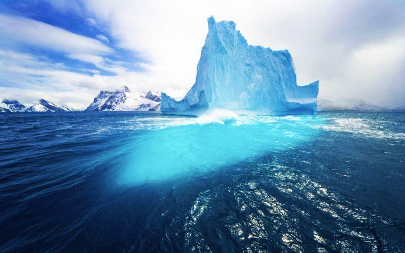 The big iceberg wallpaper