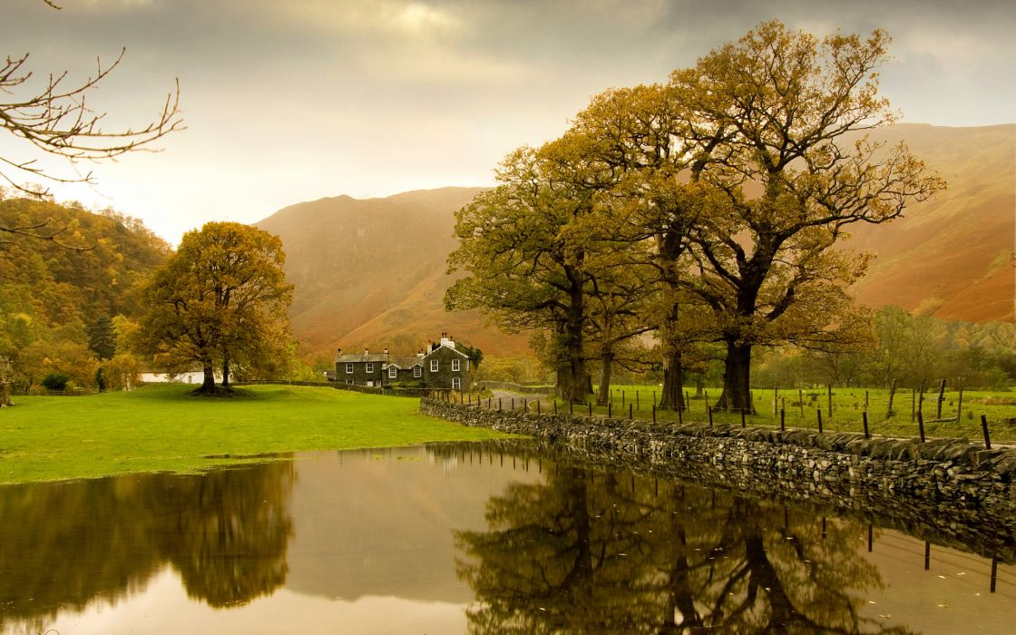 Autumn in the countryside wallpaper